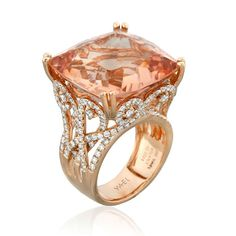 Princess ring with a gorgeous 32.47ct morganite accented with diamonds by YAEL DESIGNS. Love this ring ! Absolutely stunning !