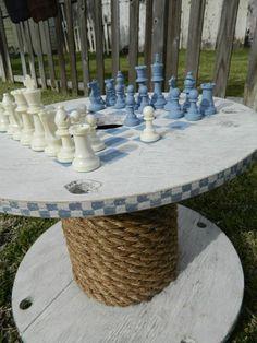 gartentisch holz ideen kabeltrommel schachspiel seil fuss