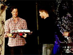 Supernatural. Jensen Ackles. Jared Padalecki.Jared brings jensen cake. I think I watched this loop like 20 times now.