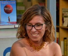 """""""Quando meno te lo aspetti"""" di Chiara Moscardelli: emozioni al femminile tra giallo e commedia romantica"""