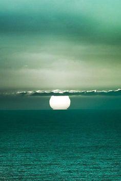 Seaside Style turquoise sun