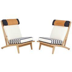 Sold: Pair of #HansJWegner #GETAMA Lounge #Chairs, circa 1960s - https://www.1stdibs.com/furniture/seating/lounge-chairs/pair-of-hans-j-wegner-getama-lounge-chairs-circa-1960s/id-f_4684793/