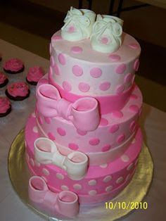 Pink bows and dots Baby Shower Cake