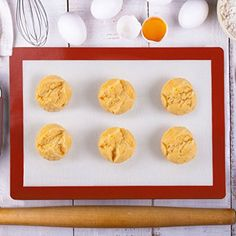 Silicone Baking Mat2win2buy Reusable NonStick NonToxic HeatResistant FoodGrade Fiberglass Oven Liner Silicone Pad for Sheet  MacaroonCookiePizzaBreadPastryPie L  236 x 157 >>> Check out this great product.(This is an Amazon affiliate link and I receive a commission for the sales)