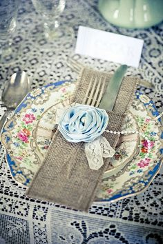 Love the burlap twist with the vintage plates.  SO pretty!  #tablesettings