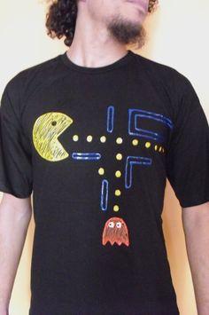 Camiseta com pac man R$30,00