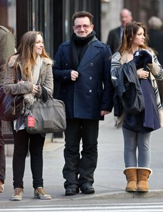 Jordan Hewson Photos - Bono And His Daughters Out For A Walk In New York - Zimbio