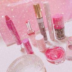 1000円以下メイク直しの必要なしプチプラのティントリップ5選 Princess Girl, Cheer You Up, Magical Unicorn, Pink Aesthetic, Makeup Collection, Makeup Cosmetics, Make Up, Lipstick, Hair Styles