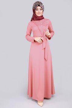 Göğsü Birit Dantelli Elbise Gül Kurusu Ürün kodu: MSW8161--> 69.90 TL Muslim Dress, Hijab Dress, Dress Outfits, Fashion Outfits, Modern Hijab Fashion, Abaya Fashion, Muslim Fashion, Modele Hijab, Casual Formal Dresses