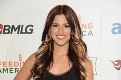 Cassadee Pope. Love the hair!