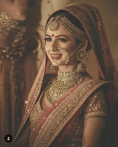Smridhi is one of the drop-dead gorgeous bride we perfectly captured in Grand Centara , Pattaya . This Sabyasachi bride looks stunner in that flawless makeup & exquisite jewellery .We couldn't take our eyes off this gorgeous bride ! Indian Bridal Outfits, Indian Bridal Wear, Bridal Dresses, Pakistani Bridal, Lehanga Bridal, Red Lehanga, Indian Bridal Lehenga, Eid Dresses, Asian Bridal