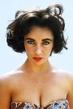 Elizabeth Taylor photographed by Robert Vose for the Look magazine, 1956.