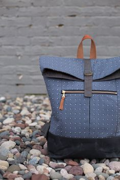 Range Backpack PDF pattern - Noodlehead, a useful and fun backpack to make! Features a foldover top, front closure, and front zippered pocket.