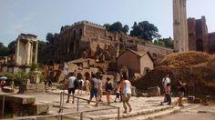 Roman forum - shows ancient rome