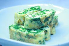 Spinach Gaeranmari (Stuffed Egg Omelet) | All That Korea. This has Korean web site to order Korean food.
