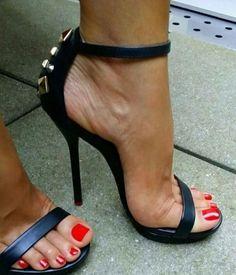 Strappy sandals #strappysandalsheels #sandalsheels2017 #strappystilettoheels #stilettoheels2017