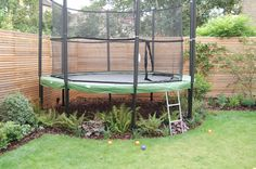 Shelley Hugh-Jones Garden Design : underplanted trampoline