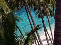 Sumur Tiga Beach, east coast of Weh Island, Sabang | Nanggroe Aceh Darussalam - Indonesia    By: Gorka Nelson Artano