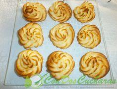 ConDosCucharas.com Patatas duquesa fáciles - ConDosCucharas.com Cookies, Desserts, Food, Plate, Food Recipes, Postres, Cooking, Liqueurs, Side Dish Recipes