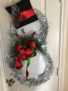 Holiday gift Snowman Wreath Christmas Wreath Christmas Decorations Holiday Wreath Snowman Decorations Snowman-Lights up Dollar Store Christmas, Christmas Wreaths To Make, Holiday Wreaths, Outdoor Christmas, Rustic Christmas, Christmas Fun, Primitive Christmas, Christmas Pictures, Snowman Decorations