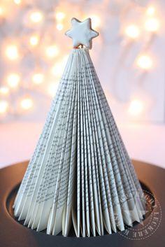 diy weihnachtsbaum aus buch falten neues leben alte. Black Bedroom Furniture Sets. Home Design Ideas