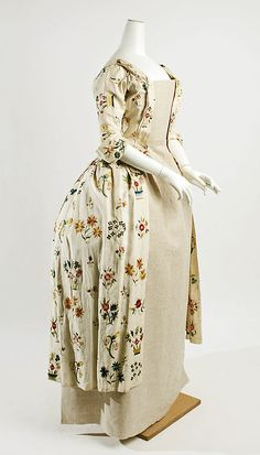 Dress (Robe lAnglaise) Date: 172550 Culture: British Medium: linen, silk Dimensions: [no dimensions available] Credit Line: Purchase, Irene Lewisohn Bequest, 1966 Accession Number: 18th Century Dress, 18th Century Costume, 18th Century Clothing, 18th Century Fashion, 1700s Dresses, Old Dresses, Ball Gown Dresses, Dress Up, Gowns