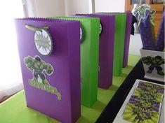 SD Eventos: HULK! Candy bar Hulk Sweet table Hulk Bolsitas golosineras Souvenir Party favors