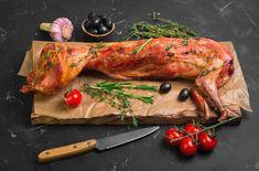 Pečený králík je dobrota. Správný recept by neměl chybět v žádné kuchyni. Toto maso se dá ale připravit i jinak. Jakou úpravu králíka máte nejraději? Tandoori Chicken, Turkey, Cooking, Ethnic Recipes, Health, Food, Cucina, Salud, Turkey Country