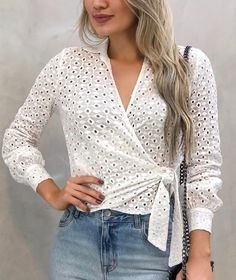 43 Everyday Clothes Trending Today - Fashion Fit Out Modest Fashion, Trendy Fashion, Fashion Outfits, Blouse Styles, Blouse Designs, Comfortable Outfits, Stylish Outfits, Myanmar Dress Design, Trending Today