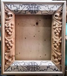 Rococo Furniture, Wood Carving Designs, Chip Carving, Wood Molding, Woodcarving, Picture Frames, Projects To Try, Collections, Mirror