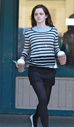 """Emma on a Starbucks run while filming """"The Bling Ring"""" (March Emma Watson Net, Emma Watson Hair, Ema Watson, Emma Watson Style, Emma Watson Casual, Emma Watson Outfits, Emma Watson Beautiful, Emma Watson Sexiest, Celebrity Outfits"""