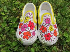 A really awesome customised pair of VANS shoes for your little ones! ( Size 4 )
