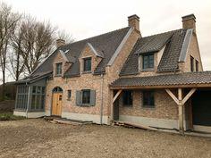 wonen 84 - Bekhuis & KleinJan Small Houses, House Design, Cabin, Live, House Styles, Room, Home Decor, Inside Outside, Building Homes