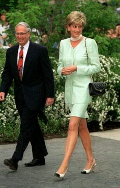 Princess Diana wore this mint green suit designed by Catherine Walker, to the Northwestern University in Chicago on June 6,1996.
