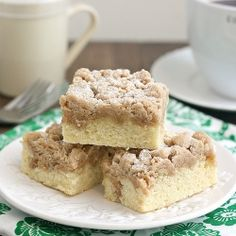 New York-Style Crumb Cake: moist, tender cake piled high with decadent crumb topping! #foodgawker