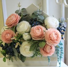 New Birthday Decorations Flowers Crepe Paper 19 Ideas Dyi Flowers, Clay Flowers, Handmade Flowers, Silk Flowers, Paper Flower Decor, Tissue Paper Flowers, Flower Decorations, Birthday Decorations, Rose Crafts