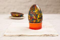 Este ovo é tão lindo, que nem precisa de embalagem. Libere o artista que mora dentro de você! Feliz Páscoa!