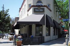 Peet's Coffee & Tea has been around a lot longer than most coffee chains. Founded in Berkeley, Calif., in 1966, Peet's has grown to just 193 locations as of 2010.