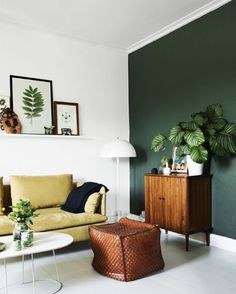 Hazelnut, mustard & forest green combine to create a natural, striking look in this modern living room