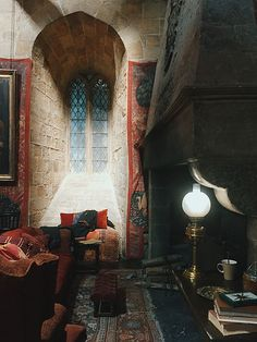 Harry Potter Gryffindor fireplace - click through to see many more Harry Potter interiors!