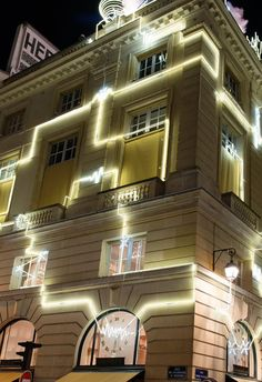 """HERMES,Rue du Faubourg Saint-Honore, Paris,France, """"The window lights up a world where flanerie and cosmology collide"""", pinned by Ton van der Veer"""