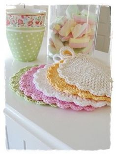 Crochet Dishcloths And Potholders Free Patterns6 ༺✿ƬⱤღ https://www.pinterest.com/teretegui/✿༻