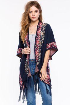 A'GACI | Ashley Blanket Cape Sweater | #agaci #alliwantisagaci #agacigirl