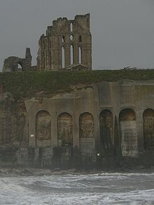 Tynemouth Castle and Priory Blaydon Races, Heart Shaped Glasses, Plantagenet, North East England, North Sea, Newcastle, Great Britain, Mount Rushmore, France