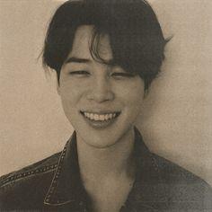 Old Pictures, Old Photos, Bts Polaroid, Bts Group Photos, Mochi, Jikook, Bts Jimin, Bts Wallpaper, Tape