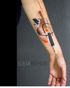 Arm tattoo. Ver esta foto do Instagram de @equilattera • 4,752 curtidas