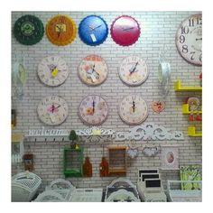 Dinding. (2)    #decor #homedecor #design #art #interiordesign #house #decoration #home #modern #homedesign #style #accessories #instadecor #furniture #designer #interiors #beautiful #interiordecor #decorating #wall #walldecor #instagram #etsy #cute #vsco #vscocam by fidyans