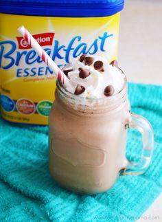 Breakfast Chocolate Milkshake Smoothie at artsyfartsymama.com #BreakfastEssentials #easyrecipe