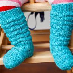 Vauvan villasukat | Yhteishyvä Leg Warmers, Slippers, Socks, Baby, Leg Warmers Outfit, Slipper, Sock, Baby Humor, Stockings