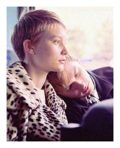 """""""Restless""""-Mia Wasikowska was so lovely in the movie. And their relationship was so sweet ;u;"""